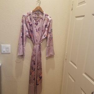 Victoria's Secret Other - 🍁 Victorias Secret Long Robe